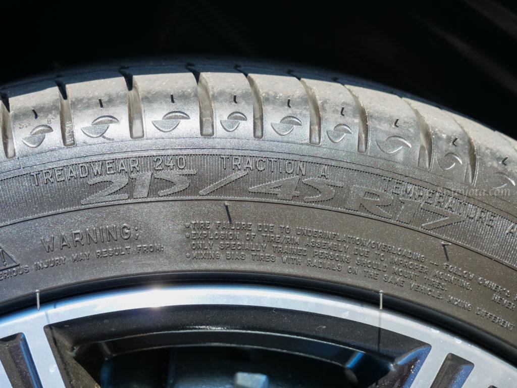 ハチロク GT 86 純正 ホイール タイヤ